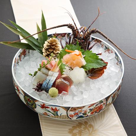 ミシュランの天ぷらプレミアムコース (活伊勢海老丸一匹造り豪華刺盛付)